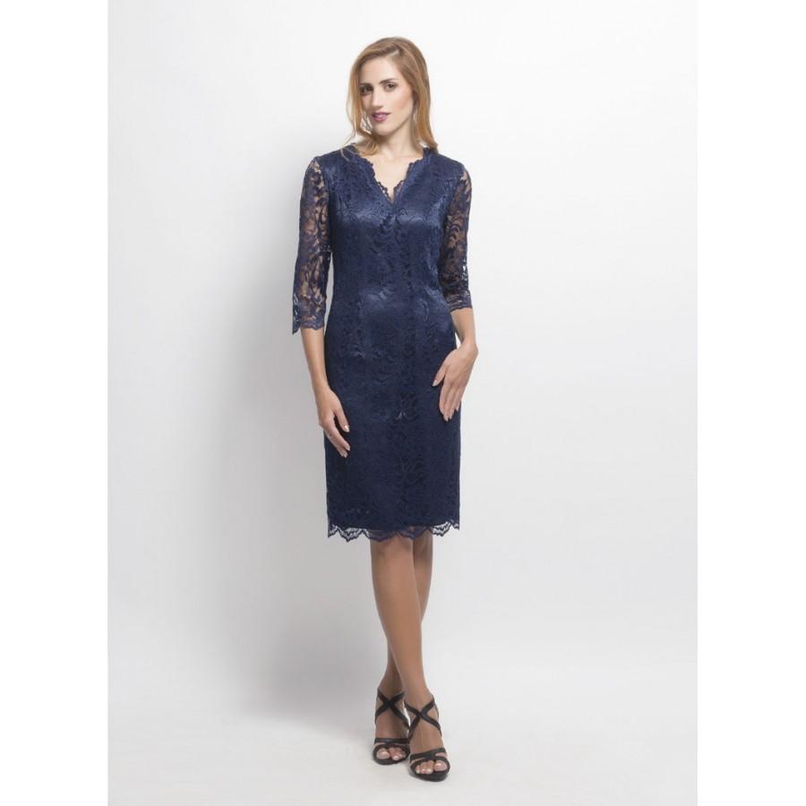 Φόρεμα-δαντέλα